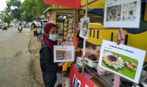 Ramadhan Hari Ke 7 Ngapain Aja? Di Bulan Ramadhan Warga Menjajakan Jualan di Ruas Jalan Arif Rahman Hakim