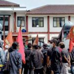 Warga Sindangresmi dan Mahasiswa Lakukan Aksi Demo