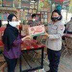 Pedagang Wisata Kuliner Dapat Paket Bansos Dari Polres Pandeglang